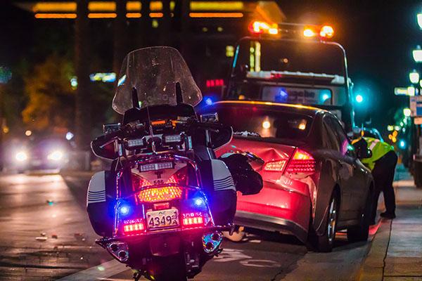 Policyjny motocykl i szkody komunikacyjne w Nieczech
